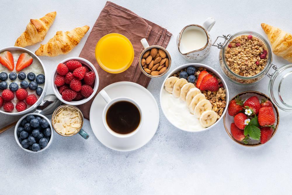 5 desayunos saludables para empezar el día con energía